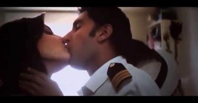 Anushka Sharma Hottest Scenes