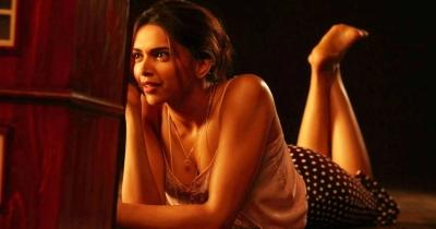 Deepika Padukone Hottest Scenes