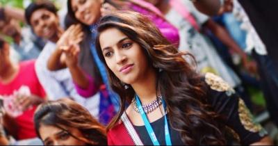 Niharika Konidela Tamil First Movie Teaser || Oru Nalla Naal Paathu Solren Teaser