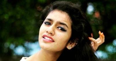 Priya prakash warrier hd image